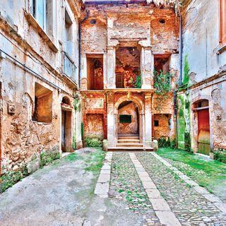 ઇટલીમાં રૂ 100થી પણ ઓછામાં મકાન ઉપલબ્ધ