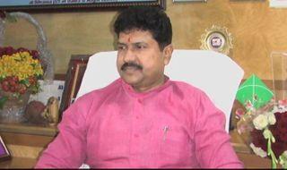 મુંબઇઃ દાદર નગર હવેલીના સાંસદ મોહન ઢેલકરનું શંકાસ્પદ સ્થિતમાં મૃત્યુ