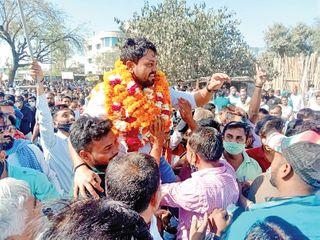 પાલનપુર નગરપાલિકાની ચૂંટણીમાં કોંગ્રેસનો રકાસ, ભાજપે 32, કોંગ્રેસે 12 બેઠકો કબજે કરી