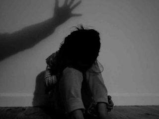 સગીરાને લલચાવી ફોસલાવી બળાત્કાર ગુજારનાર યુવાન વિરુદ્ધ પોલીસ ફરિયાદ