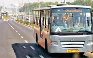 BRTS ચાલુ ન થાય ત્યાં સુધી કોરિડોર સામાન્ય વાહનચાલકો માટે ખુલ્લો કરાયો