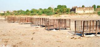 સિદ્ધપુર મુક્તિધામમાં સતત અંતિમ સંસ્કારથી  ગેસ અને લાકડાંથી ચાલતી ભઠ્ઠીઓ બળીને ખાખ