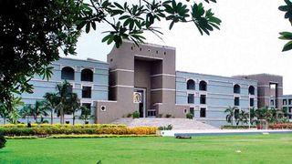 રાજ્ય સરકાર રેમડેસિવિર ઈન્જેક્શનના વિતરણ માટે નીતિ ઘડેઃ ગુજરાત હાઈકોર્ટ